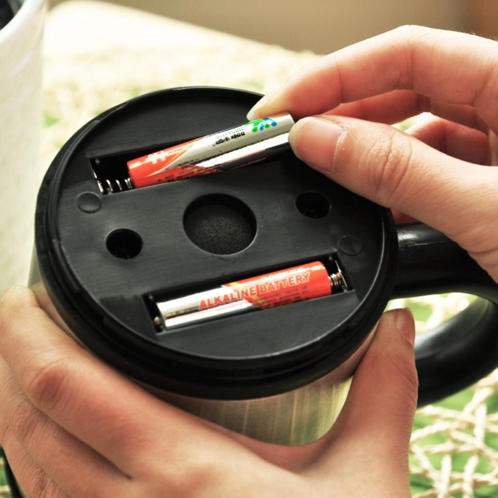 automatic-self-steering-coffee-cup-gelas-otomatis-2-batteries
